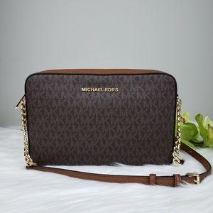 🌺NWT Michael Kors LG EW Crossbody bag brown logo